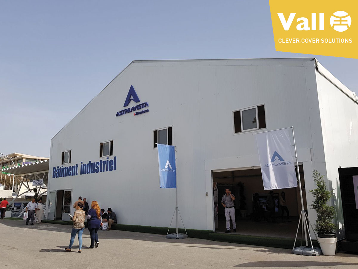 Removable industrial buildings with a corporative identity